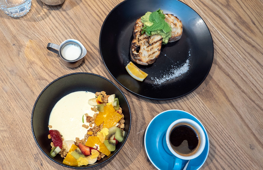 Things to Do in Queenstown: Brunch at Yonder
