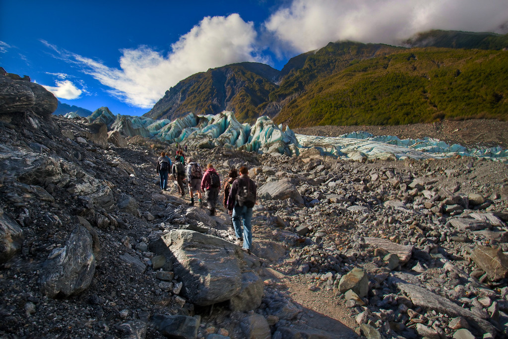 full day hike on fox glacier new zealand