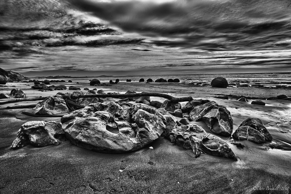 Moeraki boulders new zealand black white