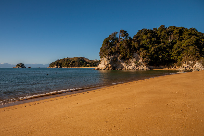 Kaiteriteri beach near Abel Tasman National Park, New Zealand