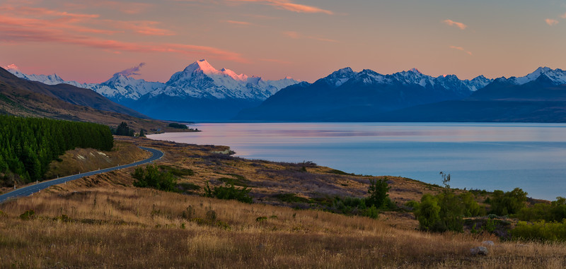 Sunrise on the road to Aoraki/Mt. Cook