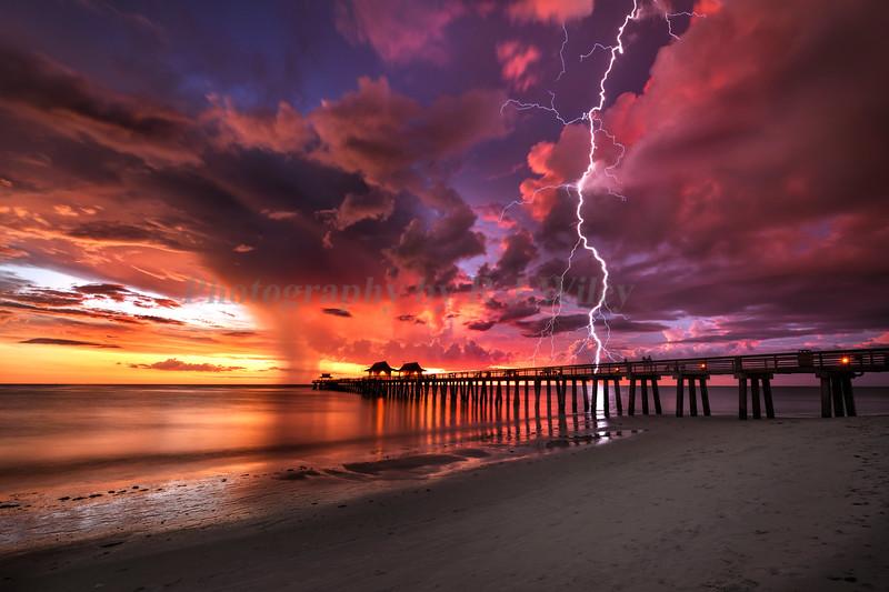 Naples Pier lightning 5198