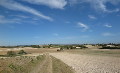 Towards Cordes sur Ciel