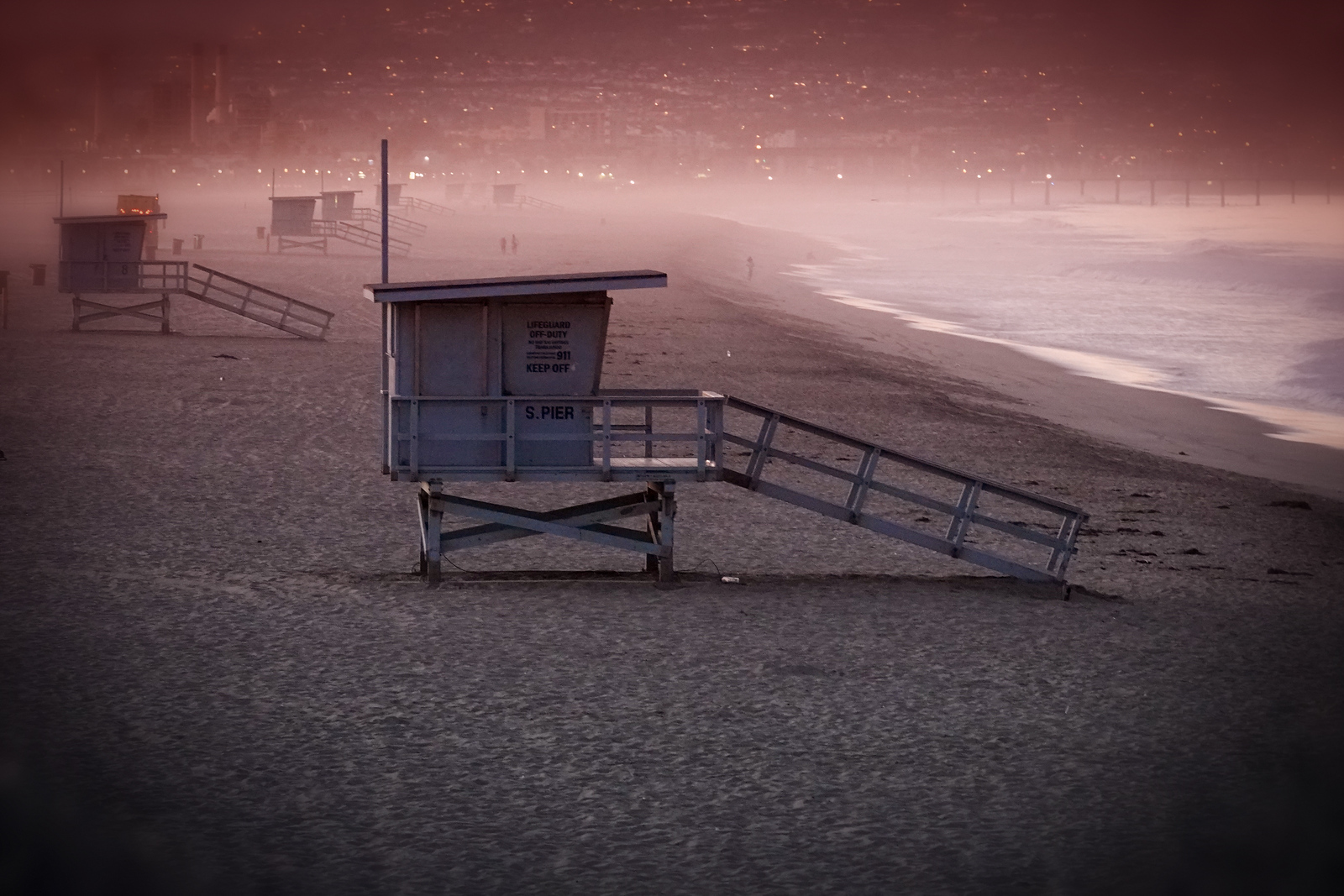 A lifeguard stand, with Redondo and Hermosa in background