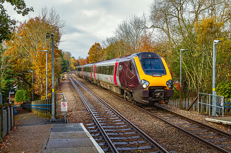 24th Nov 2019:  5E44 in the hands of 220034 is the empty stock move from Eastleigh to Guildford where it will form 1E44 the 12,14 to Newcastle.  Whel that was the plan but going through Reading it lost 9 minutes.  This meant that it was behind a Guildford stopper so was 20 minutes late here at Sandhurst and departed from Guildford for Newcastle 22 minutes late.