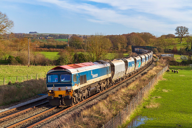 18th Jan 2020:  After days of rain and wind a sunny Saturday was too good to miss. With nothing much running 6C31 from Theale to Whatley was my only option.  59104 is captured as it runs through Great Cheverell.