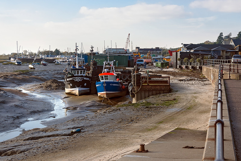 7th Nov 12:  Fishing boats at Leigh on Sea