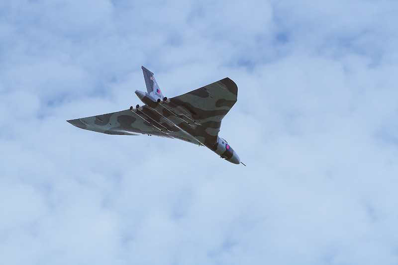 11th Oct 2015:  The flight path of the Vulcan's South of England tour took it over Standerwick.  Regtreably it actually flew slightly behind where I was standing which meant  the light was on the wrong side.. Never mind it was good to see it again