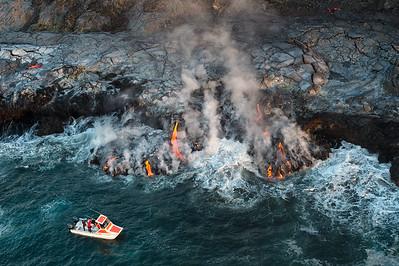 Lava flow at Kamokuna from Kīlauea Volcano
