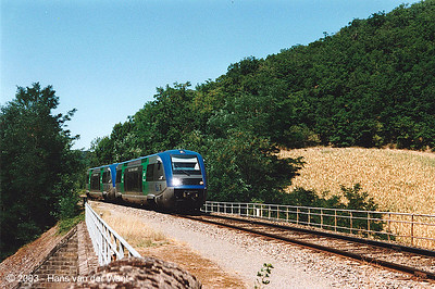 Regional between Monteils station and the entrance of the tunnel.