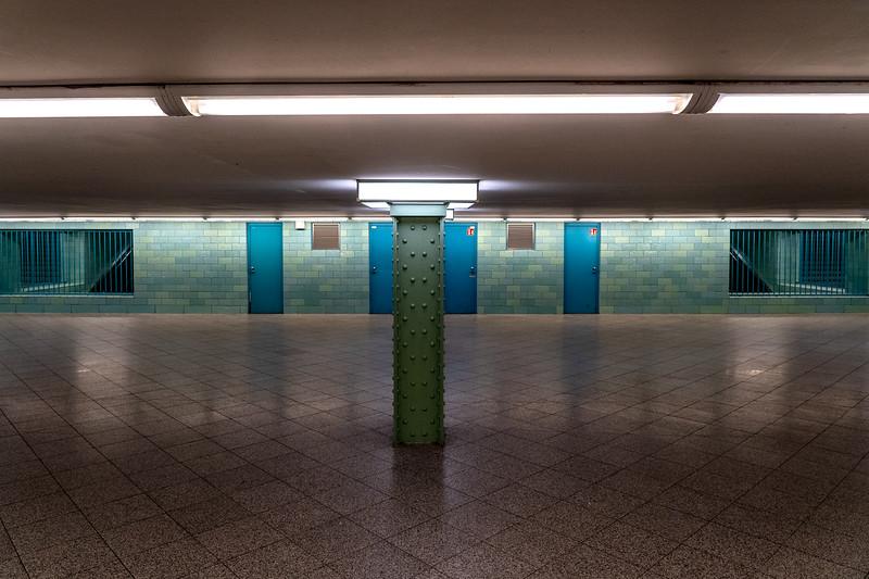 Berlin Alexanderplatz Corona