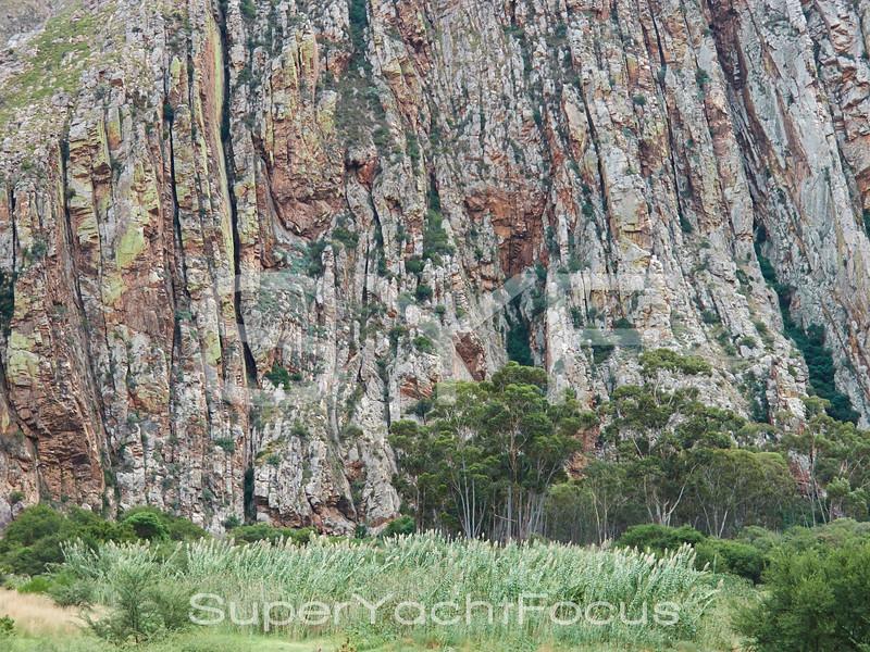 Montagu, rock formations