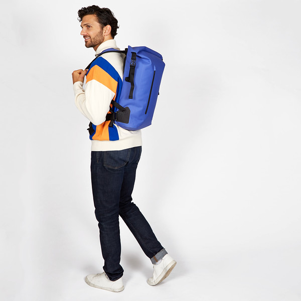 Thames; Cromwell; 14''; Laptop; Backpack; 44-402-AZU