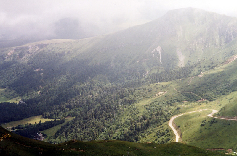 The path up the Puy de Sancy