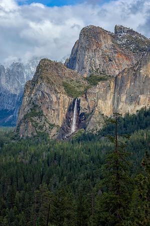 Bridalveil Fall Rainbow - Yosemite-2