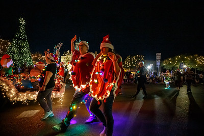 NB Christmas ParadeMikieFarias-24756-181201