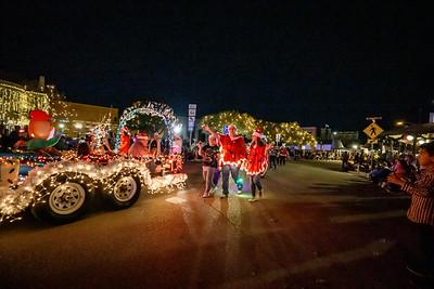 NB Christmas ParadeMikieFarias-24749-181201