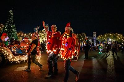 NB Christmas ParadeMikieFarias-24755-181201