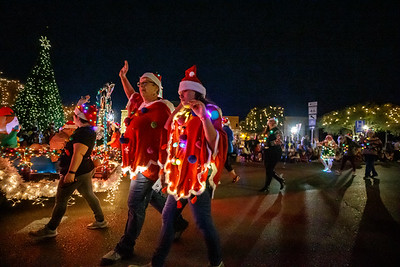 NB Christmas ParadeMikieFarias-24757-181201