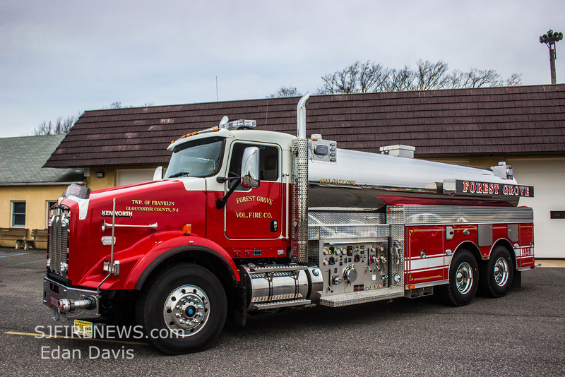 02-23-2014, Forest Grove Fire Co  New Tender 43-51, 2014 Kenworth T800 - Sutphen 1500-4000, (C) Edan Davis, www sjfirenews (5)