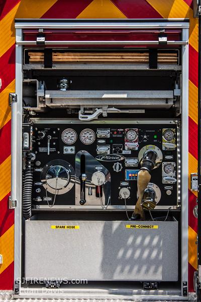 Franklin, Burlington County NJ, Rescue 3318, 2014 Pierce Quantum 500-500, rear mount pump, (C) Edan Davis, www sjfirenews (29)