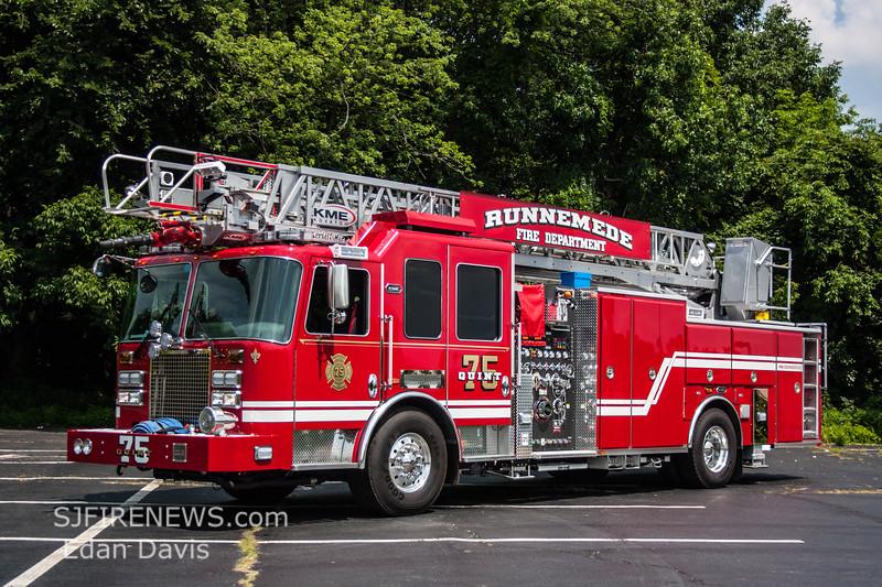 Runnemede, Camden County NJ, Quint 75, 2015 KME Panther- Preditor, 1500-450-79', (C) Edan Davis, www sjfirenews com  (2)