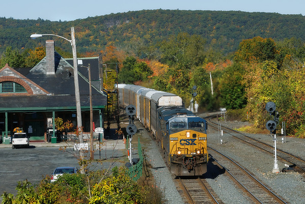CSX train Q264 eastbound past the historic depot at MP83, Palmer, MA. 10/08/2013 - 598C8635dK1