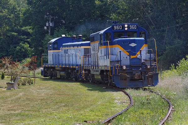 Mass Central - Ware to Barre: after spotting cars at the mill complex at Barre Plains, it's up the hill and back to Ware and Palmer. 7/17/2013 - 598C2595dK