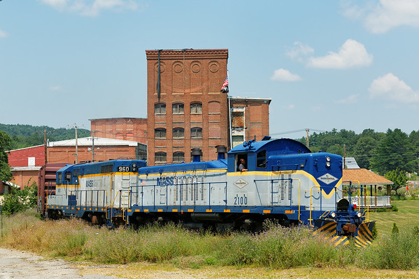 Mass Central - Ware to Barre: backing down to the mill complex at Barre Plains. 7/17/2013 - 598C2532dK