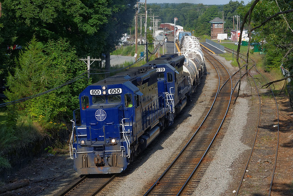 EDPO on the move to Portland from Ayer, MA. 8/16/2013 - 598C5714dK