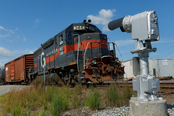 PAR (MEC, Guilford) switcher FI-1 #348 backs down the east wye into the Hill yard at Ayer, MA with a drag of mixed freight for Fitchburg. 8/16/2013 - 598C5789dK