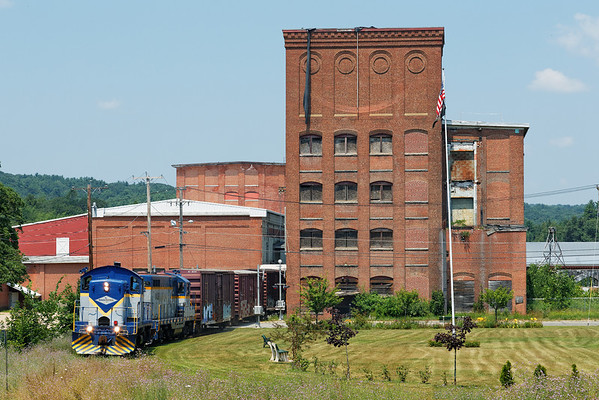 Mass Central - Ware to Barre: spotting cars at the mill complex at Barre Plains. 7/17/2013 - 598C2521dK