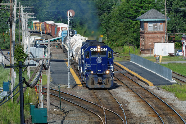 EDPO on the move to Portland from Ayer, MA. 8/16/2013 - 598C5711dK