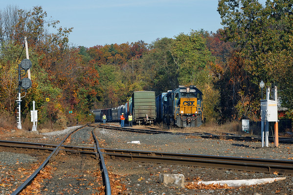 The Springfield local came east to MP83 and backed it's cut of cars into the Mass Central yard lead - kind of an unusual move... 10/28//2013 - 598C9856dK