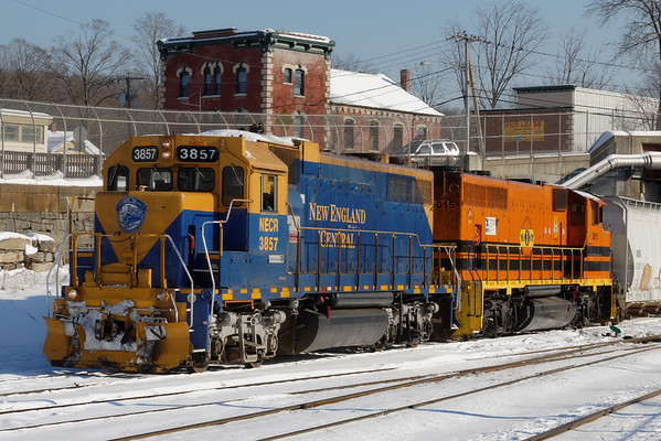 NECR 3857 and 3015 pose for a winter portrait in the CSX yard at MP83, Palmer, MA. 12/19/2013 - 598C1604dK