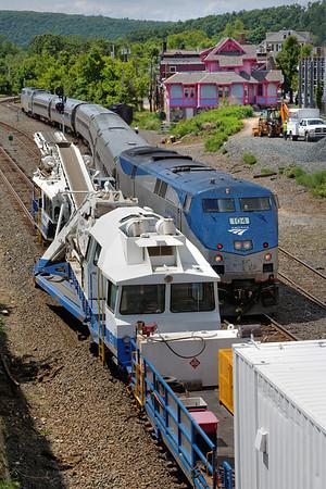 Then along came Amtrak's Vermonter. 6/9/2013 - 598C0614dK