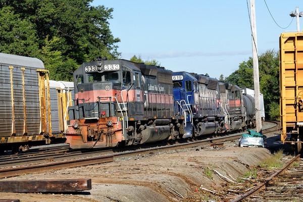 PAR train EDPO sits in the Gardner, MA yard awaiting a recrew. 8/27/2015 - 598C7296dK