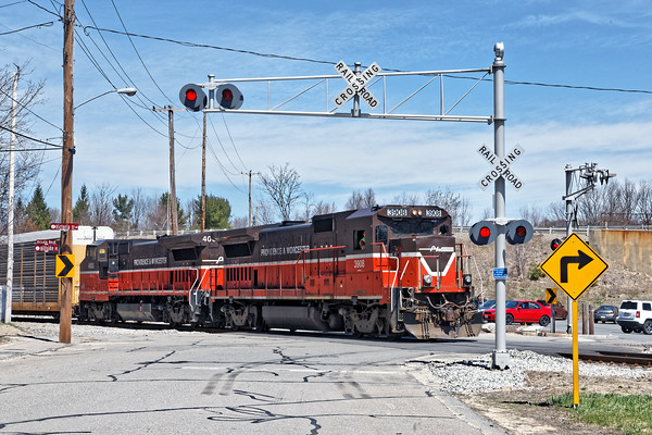 P&W train GRWO leaves the Gardner yard and heads back down to Worcester with 4 auto racks.<br /> 4/21/2016 - 598C7039dK