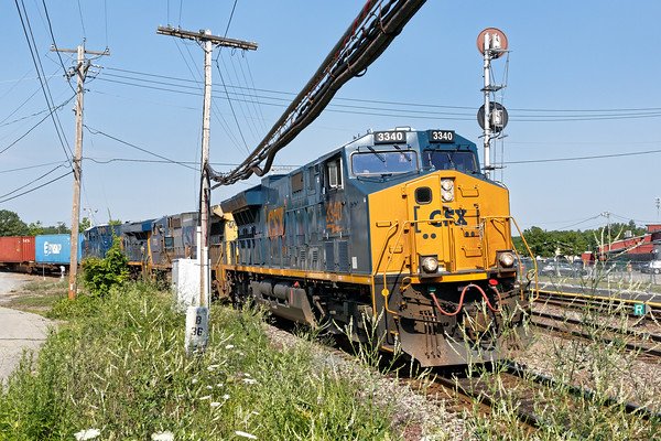 SEPO takes the east wye of the Hill yard, heading out to go east on the main.  7/13/2016 - 598C0446dK