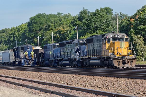 Switcher FI-1 and train EDPO meet in the Fitchburg, MA yard. 7/21/2016 - 598C1087dK