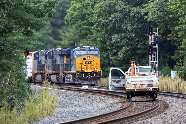With a track car holding the main, CSX train Q426 takes the siding at MP60 in Spencer, MA only to be put in the hole at MP57. 9/30/2016 - 598C6248dK