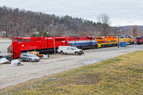 NECR heads north out of their yard at Palmer, MA with three units and freshly painted VTR 431 dead in tow. 12/2/2016 - 598C8563dK