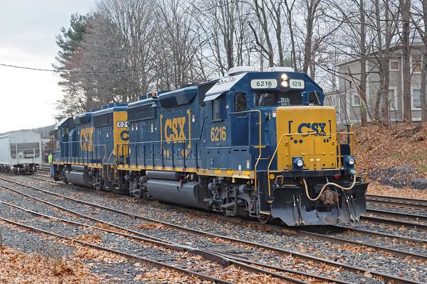 CSX train B740 works the yard at MP83 in Palmer MA. 12/2/2016 - 598C8544dK