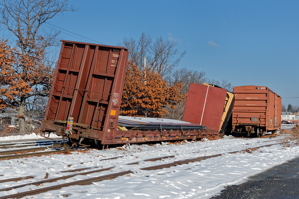 OOPS - In Ayer, PAS put three cars on the ground near the east wye of the Hill Yard. Not a whole lot of damage except for a short stretch of roadbed. 12/14/2016 - 598C9210dK