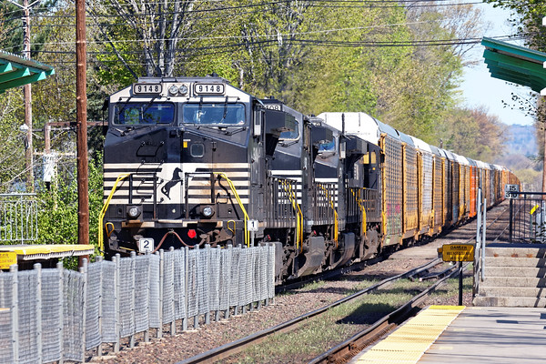 Waiting it's turn to get into Ayer, train 28N is tied down at the new commuter station in North Leominster. 5/10/2016 - 598C7764dK