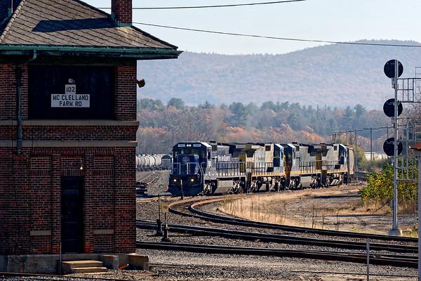 Pan Am train POED approaching the west end of the East Deerfield yard. 11/9/2017 - 598C4362dK