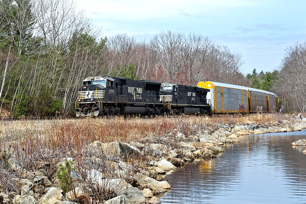 Later in the morning we caught a scenic view of 28N passing Parker's Pond heading into the Gardner, MA yard. 4/19/2017 - 598C1329dK
