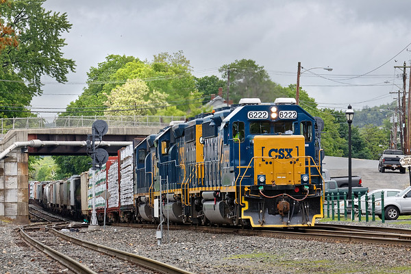 With three units pulling, train B740 pulls out of Palmer MA with 60 cars for Springfield.<br /> 5/26/2017 - 598C2176dK