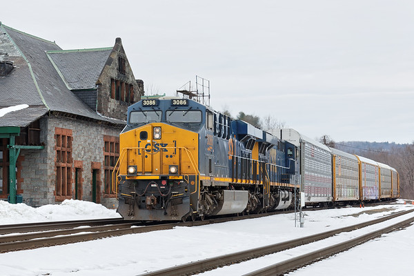 Train Q264, the second eastbound, rolls past the historic Palmer station with a relatively short train for the East Brookfield & Spencer. 3/21/2017 - 598C0967dK