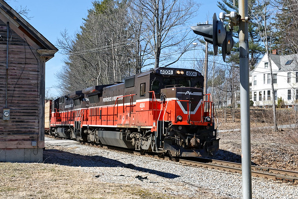 GRWO passing the old depot building in Holden. 4/9/2017 - 598C1248dK